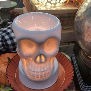 Skull warmer NWT! Brand new in box! Never used